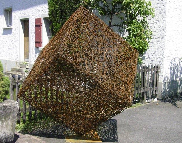 Gartendekorationen flury emch gartenbau - Drahtkugel deko ...