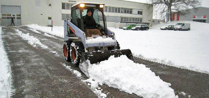 Schneeräumdienst mit Abo