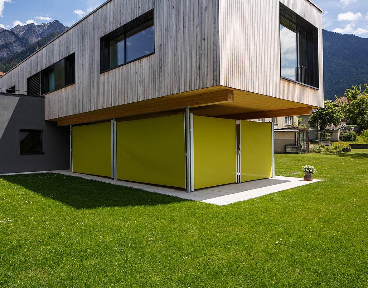 Sichtschutz und Windschutz Wohnhaus