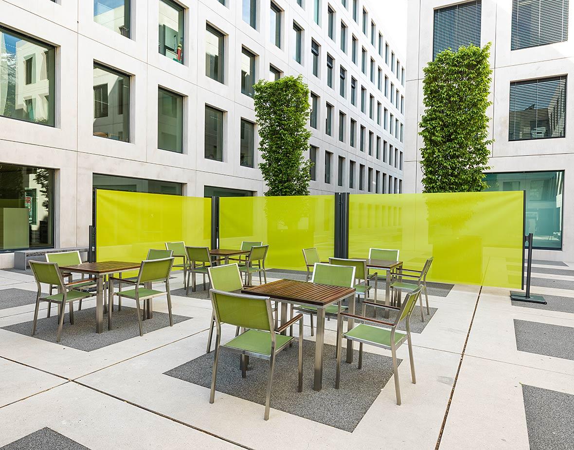 Sichtschutz und Windschutz Cafeteria